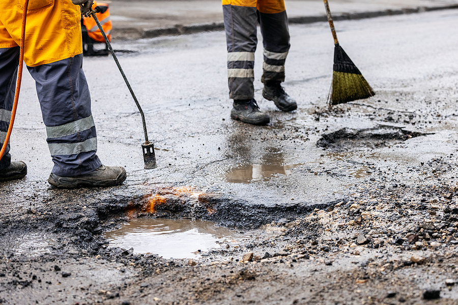 Indianapolis Commercial Pothole Repair 317-549-1833